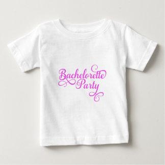 Fiesta de Bachelorette, arte rosado de la palabra, Playera De Bebé