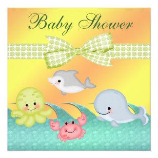 Fiesta de bienvenida al bebé alegre de las criatur comunicado