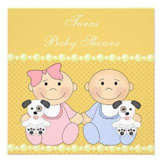 Fiesta de bienvenida al bebé amarilla de los gemel comunicados personalizados