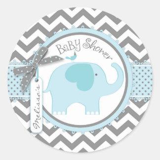 Fiesta de bienvenida al bebé azul de la impresión pegatina redonda