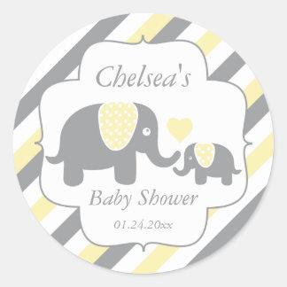 Fiesta de bienvenida al bebé blanca, amarilla y pegatina redonda