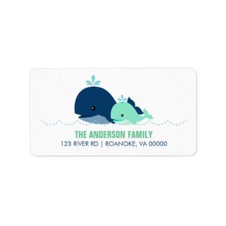 Fiesta de bienvenida al bebé de la ballena de la m etiquetas de dirección
