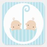 Fiesta de bienvenida al bebé de los muchachos de l pegatinas cuadradases personalizadas