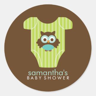 Fiesta de bienvenida al bebé del muchacho del equi etiquetas