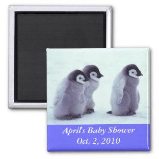 Fiesta de bienvenida al bebé del pingüino imán cuadrado