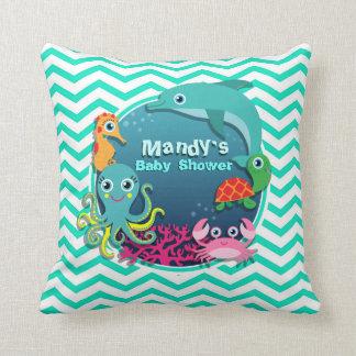 Fiesta de bienvenida al bebé del tema del océano; almohada