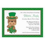 Fiesta de bienvenida al bebé del trébol del oso de comunicado personalizado