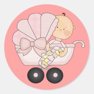 Fiesta de bienvenida al bebé femenina+Cochecillo Pegatina Redonda