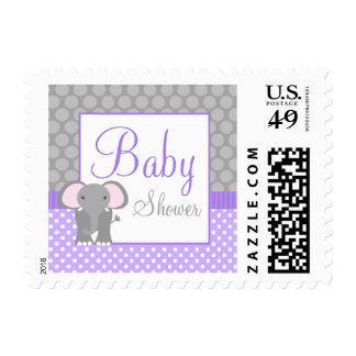 Fiesta de bienvenida al bebé gris púrpura del estampilla