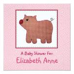 Fiesta de bienvenida al bebé linda del cerdo de la invitación personalizada