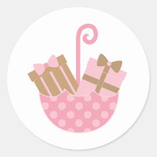 Fiesta de bienvenida al bebé o pegatinas nupciales pegatina redonda