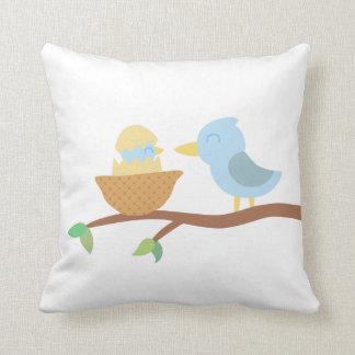Fiesta de bienvenida al bebé: Pájaro azul lindo Cojín
