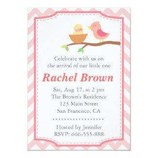 """Fiesta de bienvenida al bebé - pájaro rosado lindo invitación 4.5"""" x 6.25"""""""