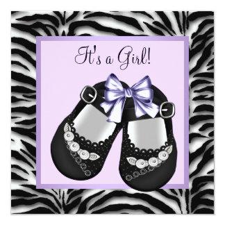 """Fiesta de bienvenida al bebé púrpura de la cebra invitación 5.25"""" x 5.25"""""""