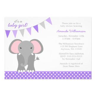 Fiesta de bienvenida al bebé púrpura del chica de  invitacion personal
