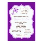 fiesta de bienvenida al bebé púrpura oscura de la invitación
