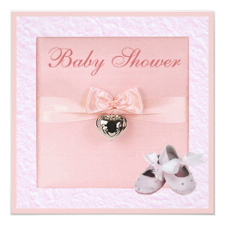 Fiesta de bienvenida al bebé rosada de los zapatos invitación 13,3 cm x 13,3cm