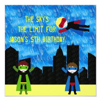 """Fiesta de Bithday de los muchachos del superhéroe Invitación 5.25"""" X 5.25"""""""