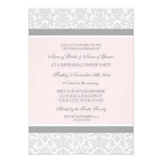 Fiesta de cena gris rosado del ensayo del damasco invitación
