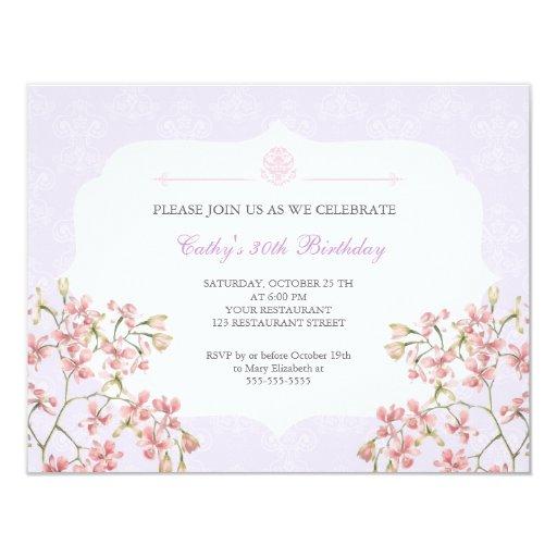 Fiesta de cumpleaños adulta del damasco púrpura invitación personalizada