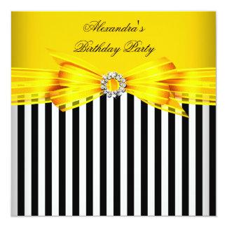 """Fiesta de cumpleaños blanca negra amarilla invitación 5.25"""" x 5.25"""""""