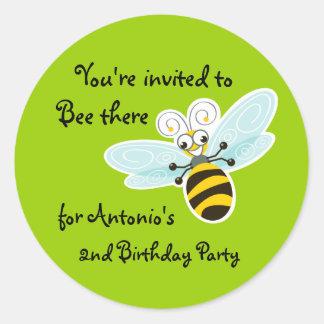 Fiesta de cumpleaños de la abeja de pegatinas redondas