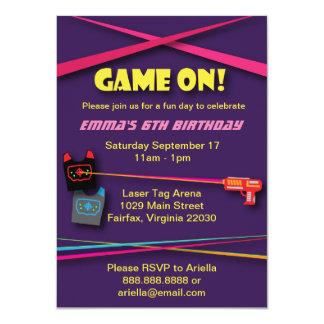 """Fiesta de cumpleaños de la etiqueta del laser del invitación 4.5"""" x 6.25"""""""