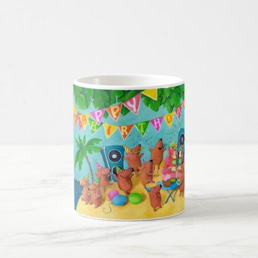 Fiesta de cumpleaños de la playa taza