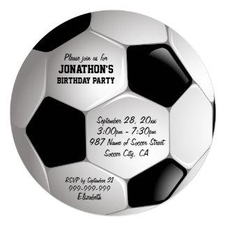 """Fiesta de cumpleaños del balón de fútbol del invitación 5.25"""" x 5.25"""""""
