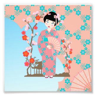 Fiesta de cumpleaños del chica de geisha cojinete