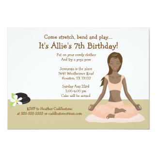 """Fiesta de cumpleaños del chica de la yoga #3 invitación 5"""" x 7"""""""