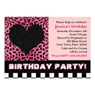 Fiesta de cumpleaños del corazón del guepardo - ro invitación personalizada
