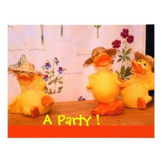 Fiesta de cumpleaños del dinosaurio invitaciones personales