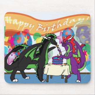 Fiesta de cumpleaños del dragón tapete de ratón