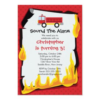 """Fiesta de cumpleaños del Firetruck del muchacho Invitación 5"""" X 7"""""""