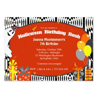 """Fiesta de cumpleaños del traje de Halloween Invitación 4.5"""" X 6.25"""""""