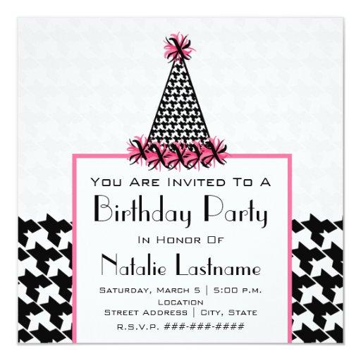 """Fiesta de cumpleaños - Houndstooth y gorra rosado Invitación 5.25"""" X 5.25"""""""