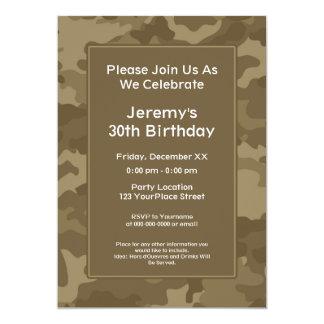 """Fiesta de cumpleaños militar del tema de Camo Invitación 5"""" X 7"""""""