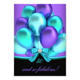 """Fiesta de cumpleaños negra púrpura fabulosa de 50 invitación 4.5"""" x 6.25"""""""