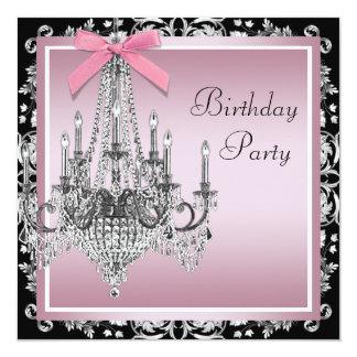 """Fiesta de cumpleaños negra rosada de la lámpara invitación 5.25"""" x 5.25"""""""
