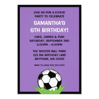 """Fiesta de cumpleaños púrpura del chica del balón invitación 5"""" x 7"""""""