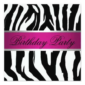 """Fiesta de cumpleaños rosada y negra de la cebra invitación 5.25"""" x 5.25"""""""