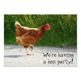 ¡Fiesta de gallina! Invite para la celebración del Comunicado