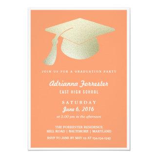 """Fiesta de graduación del coral del gorra de la invitación 5"""" x 7"""""""