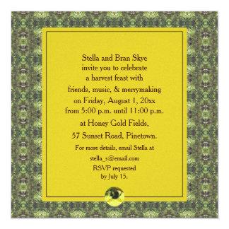 """Fiesta de la celebración de la cosecha de la abeja invitación 5.25"""" x 5.25"""""""