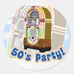 Fiesta de los años 50 pegatina redonda