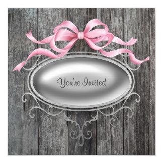 Fiesta de madera del granero rosado elegante invitación 13,3 cm x 13,3cm