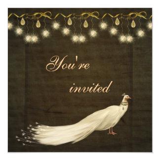 """Fiesta de Navidad blanca elegante del pavo real Invitación 5.25"""" X 5.25"""""""