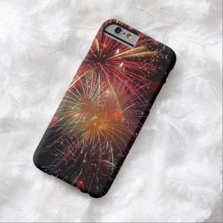 Fiesta de Noche Vieja de los fuegos artificiales Funda Para iPhone 6 Barely There