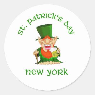 Fiesta de Nueva York Patty O del ~ del día de St Pegatina Redonda